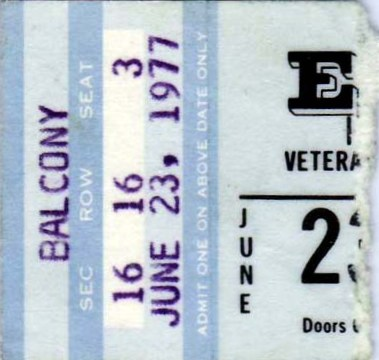 [IMG]http://www.elvisconcerts.com/tours/tickets/tick77062302.jpg[/IMG]